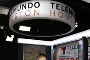 Telemundo reporter makes surprise announcement - Photo