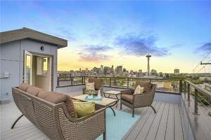 Lower Queen Anne condos with a view - Photo
