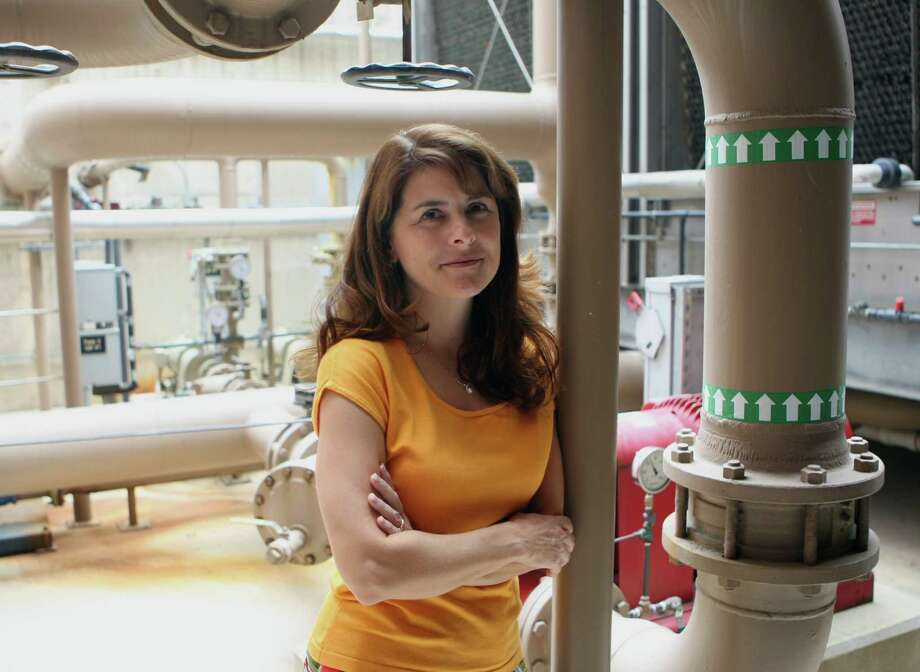 Karen Guz is the director of conservation at the San Antonio Water System. Photo: San Antonio Express-News 2009 File Photo / hmontoya@express-news.net