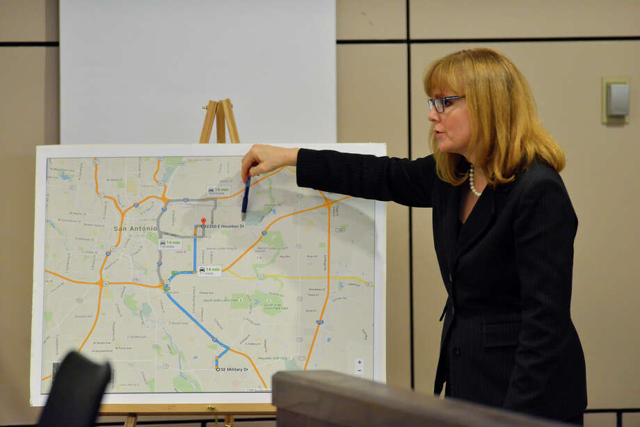 Prosecutor Catherine Hayes uses a map to make a point during the opening of the capital murder trial of Devin Fields. Fields is accussed of  capital murder in the shooting death of Baby Girl Mshae Harrison. Photo: Robin Jerstad / San Antonio Express-News