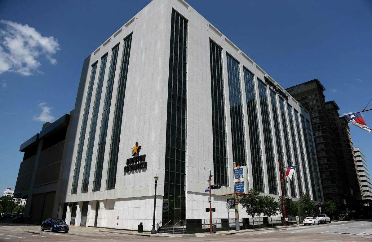 Houston Chronicle building at 801 Texas Avenue, Thursday, June 19, 2014, in Houston. ( Karen Warren / Houston Chronicle )