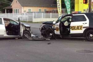 Park policeman injured in West Side wreck - Photo