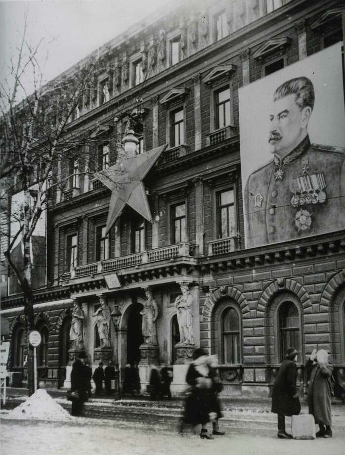 .Joseph Stalin wanted adoration.  The rule in the Soviet Union was:  Don't ever be the first to stop applauding.  Photo: INTERNATIONAL NEWS PHOTOS / HEARST NEWSPAPERS