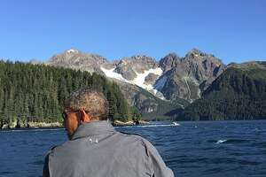 Obama takes over White House Instagram account in Alaska - Photo