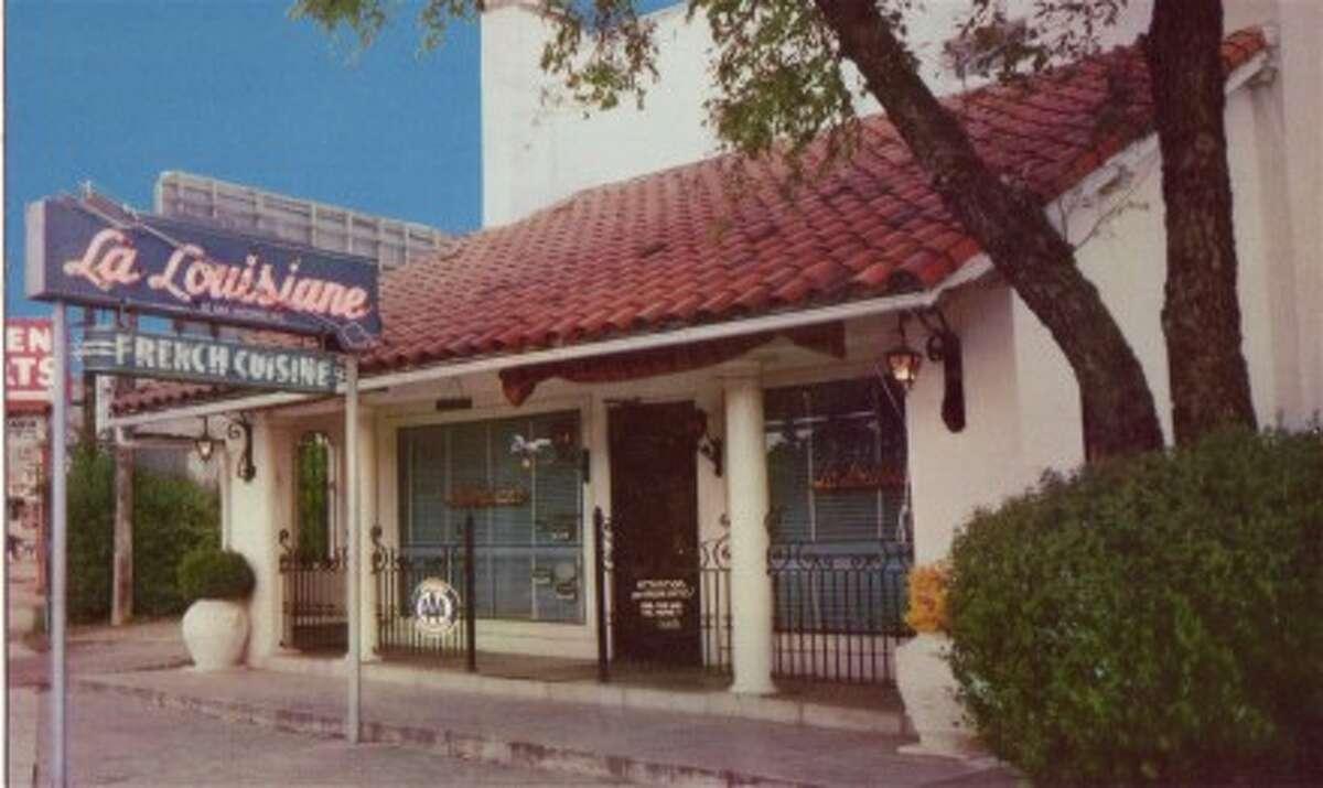 La Louisiane was located on Broadway near Brackenridge Park.