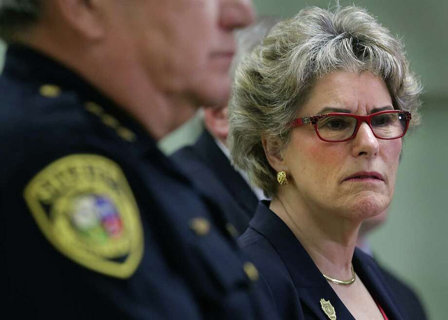 Bexar County Sheriff Susan Pamerleau holds a press conference at the Bexar County Sheriff's Office on Wednesday, Sept. 2, 2015, dealing with the death of Gilbert Flores who was shot by Sheriff Deputies. Photo: BOB OWEN / San Antonio Express-News / San Antonio Express-News