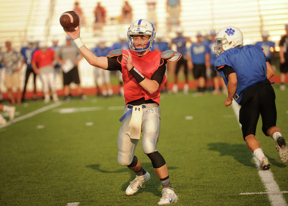 Bunnell quarterback Adam Wojenski throws a pass during the Bulldogs' football scrimmage with Trumbull at Trumbull High School on Monday, August 31, 2015. Photo: Brian A. Pounds / Hearst Connecticut Media / Connecticut Post