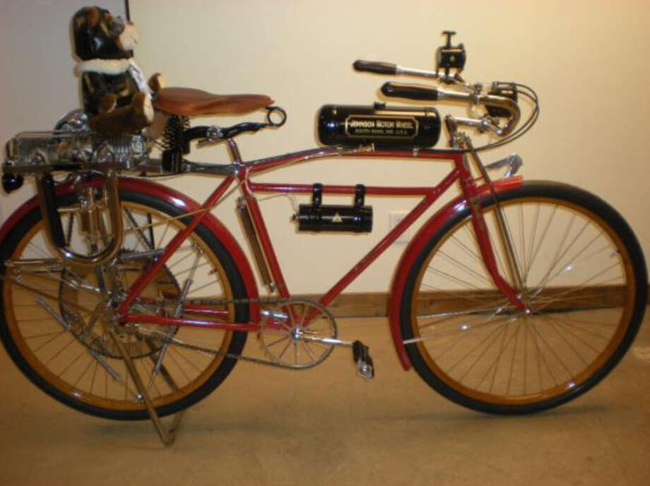 The Saratoga County Sheriff's Office is investigating a daytime residential burglary which occurred in the Town of Clifton Park on August 31st, 2015. During the burglary two antique motorized Indian bicycles, pictured, were taken. The bicycles are rare and valued at about $12,000 each. Anyone with information is asked to contact Investigator Brand at 518- 885-6761. (Saratoga County Sheriff)