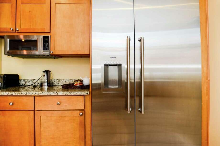 Luckily, refrigerator problems aren't always dire. Photo: Summer Galyan /McClatchy-Tribune News Service / TNS
