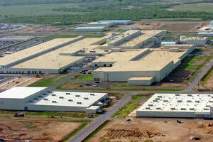 Toyota boosting production in San Antonio - Photo