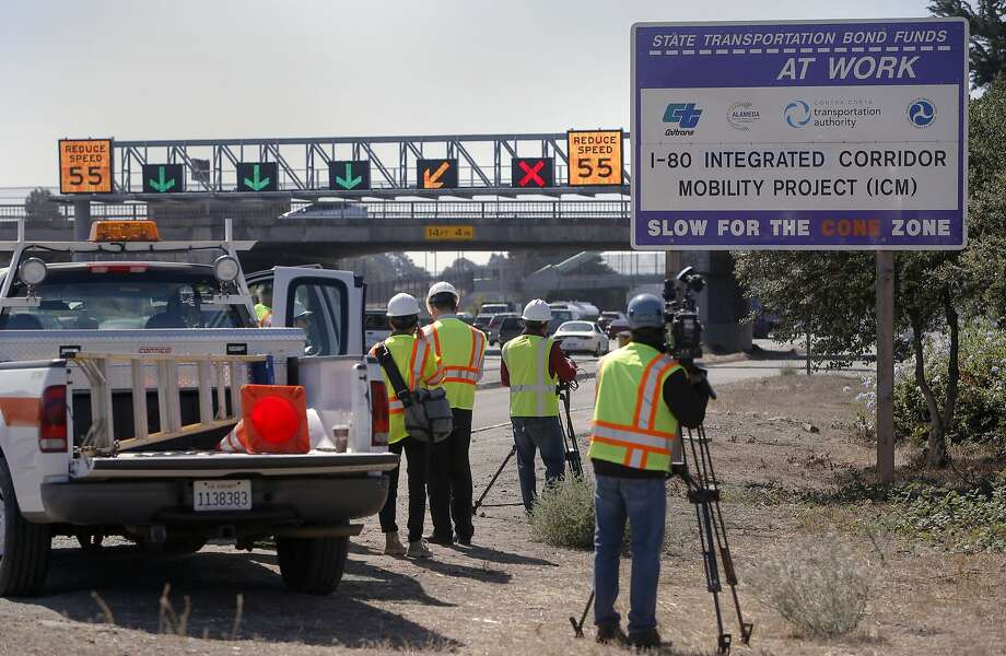 FILE-- Caltrans is looking for full- and part-time workers to be part of its Capitol Outlay Support Staff. Photo: Michael Macor, The Chronicle