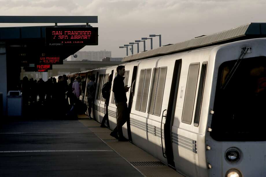 BART trains were experiencing major delays Wednesday morning after a train became disabled in the Transbay Tube. Photo: Michael Macor, The Chronicle