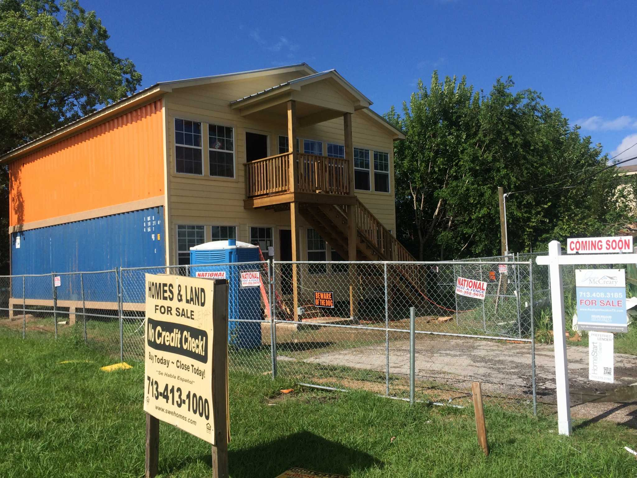 Recycled shipping containers could rejuvenate neighborhood houston chronicle - Container homes houston ...