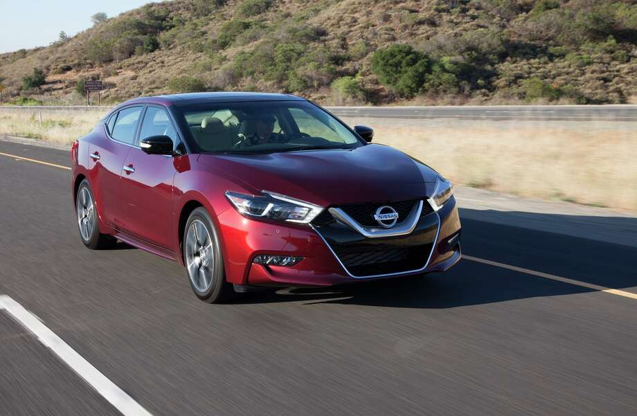 Created by driving enthusiasts for driving enthusiasts, the dramatically styled 2016 Nissan Maxima looks like nothing else on the road today - and drives like nothing in the segment. Photo: Nissan / © 2015 Nissan