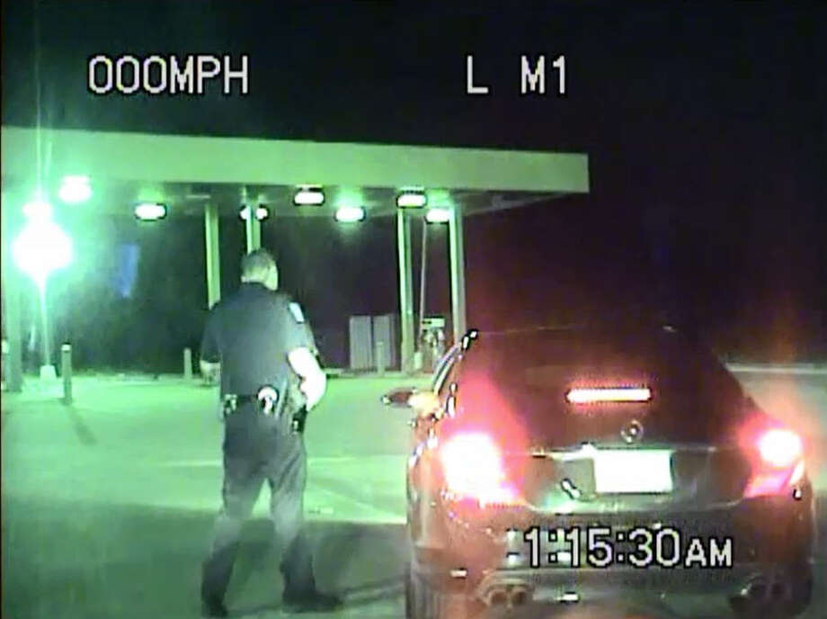 Former University of Houston and Houston Oiler football player Lamar Lathon says a Pearland Police officer drew his service weapon on him without cause during an early morning traffic stop for speeding, Tuesday, Sept. 1, 2015. Photo: Pearland Police Department