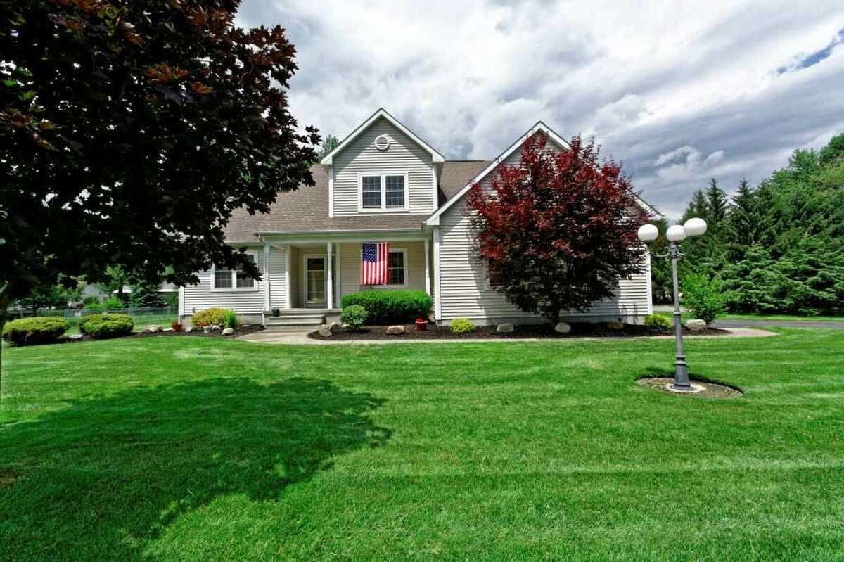 Click through the slideshow to view a few homes on the market that are open to visitors this weekend. To find more homes for sale, visit our real estate section. $309,900 . 113 Stacey Crest Dr., Rotterdam, NY 12306. Open Sunday, September 6, 2015 from 11:00 a.m. - 1:00 p.m. View listing.