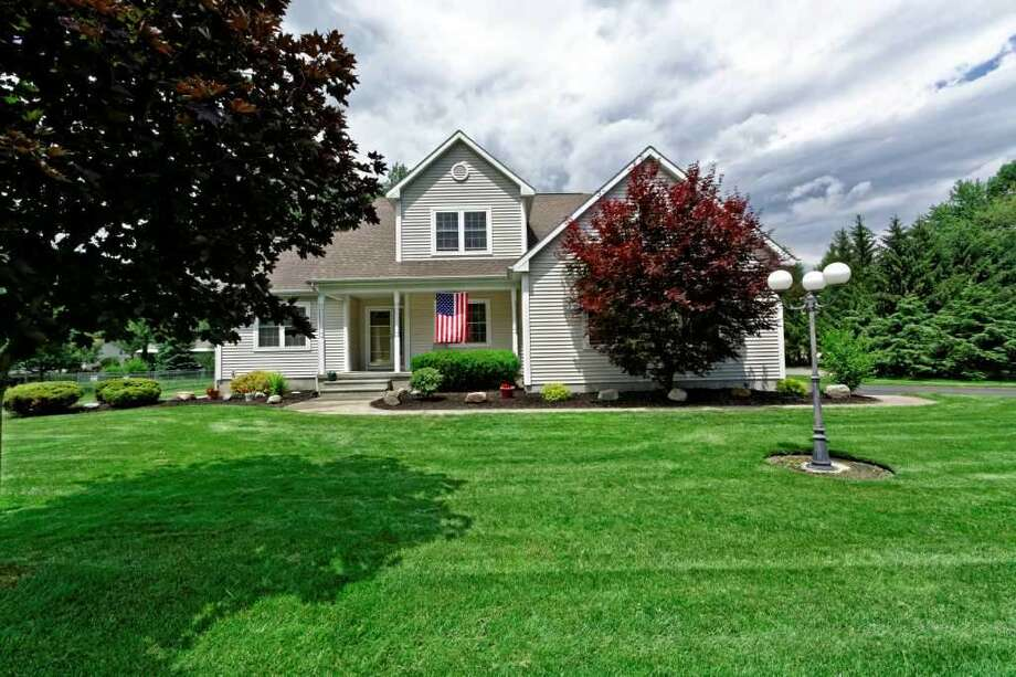 Click through the slideshow to view a few homes on the market that are open to visitors this weekend. To find more homes for sale, visit our real estate section. $309,900. 113 Stacey Crest Dr., Rotterdam, NY 12306. Open Sunday, September 6, 2015 from 11:00 a.m. - 1:00 p.m. View listing. Photo: CRMLS
