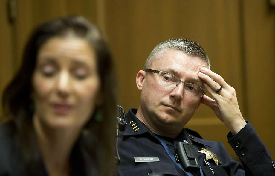 Oakland Police Department sets good example, Obama official