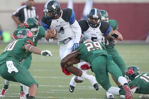 Defense leads way as The Woodlands shuts down Dekaney - Photo