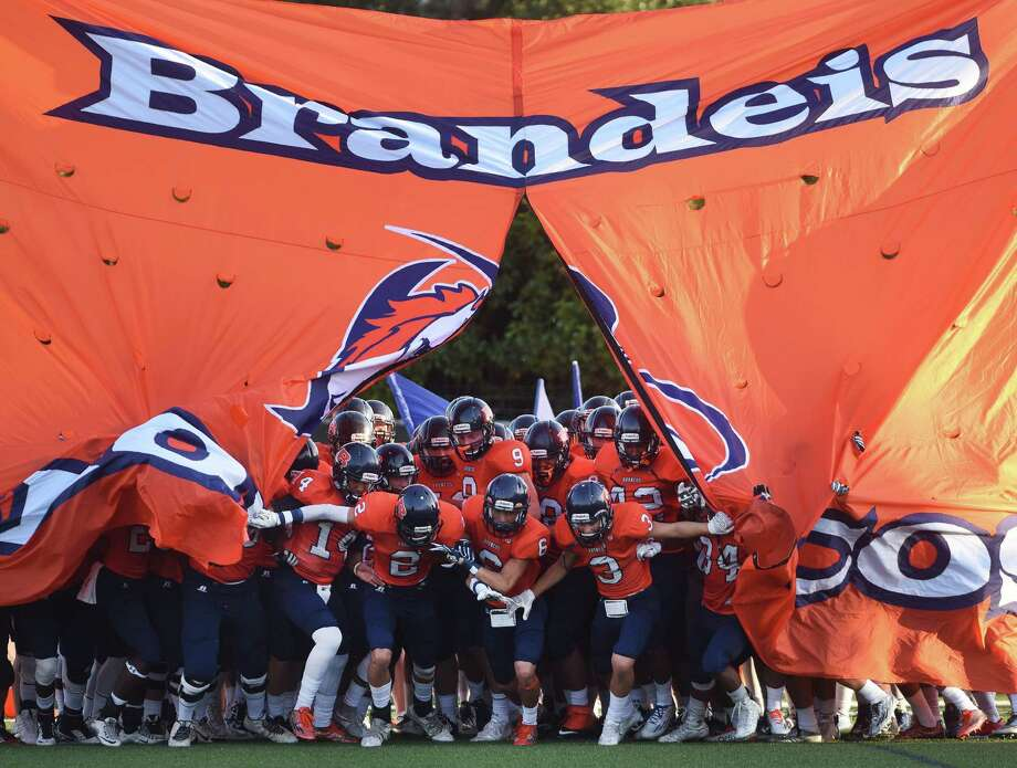 Here is the Express-News' list of the top 10 6A high school football teams in the San Antonio area.10. Brandeis BroncosW-L: 0-1Previous E-N ranking: 9District: 28-6A Photo: Billy Calzada /San Antonio Express-News / San Antonio Express-News