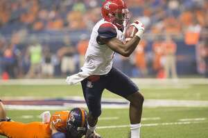 No. 22 Arizona holds off surprising UTSA, 42-32 - Photo