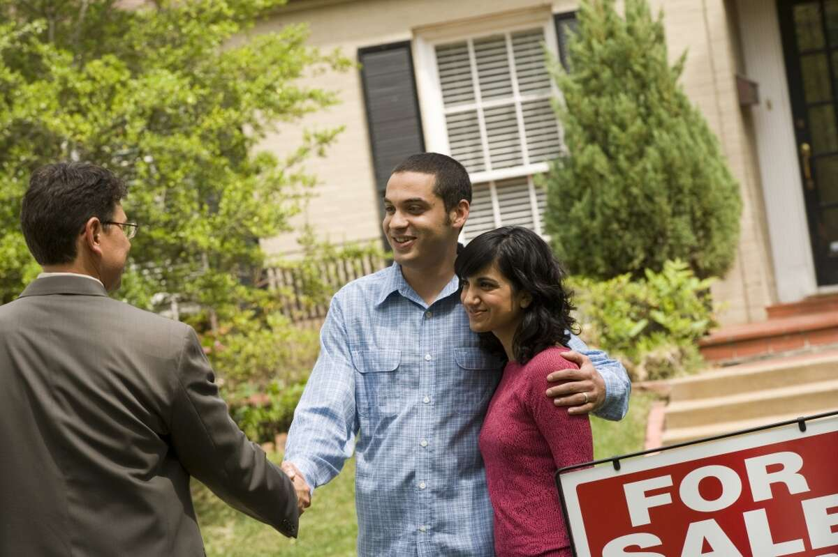 10 (tie): Finance & real estate Mid-career pay: $93,700 | 31% of alumni with this degree say their work is meaningful.
