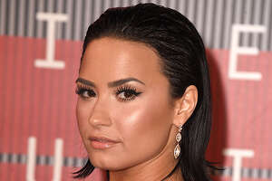 Demi Lovato hits back at Pink over VMAs criticism - Photo