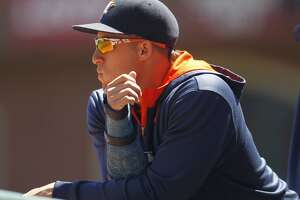 Outfielder George Springer returns for Astros - Photo