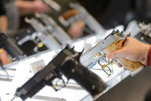 Gun maker sued over Los Zetas cartel murders - Photo
