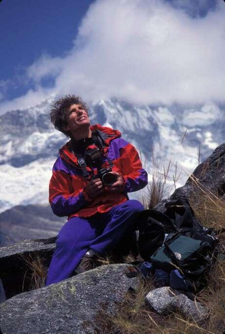 Galen Rowell in the Cordillera Blanca Range, Peru. Photo: Michael Powers / Michael Powers / HO
