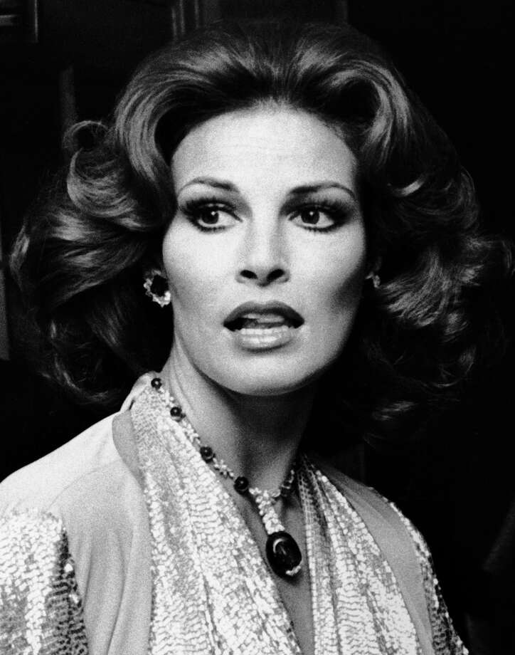 Raquel welch is 75 and still looks amazing for 41 river terrace manhattan