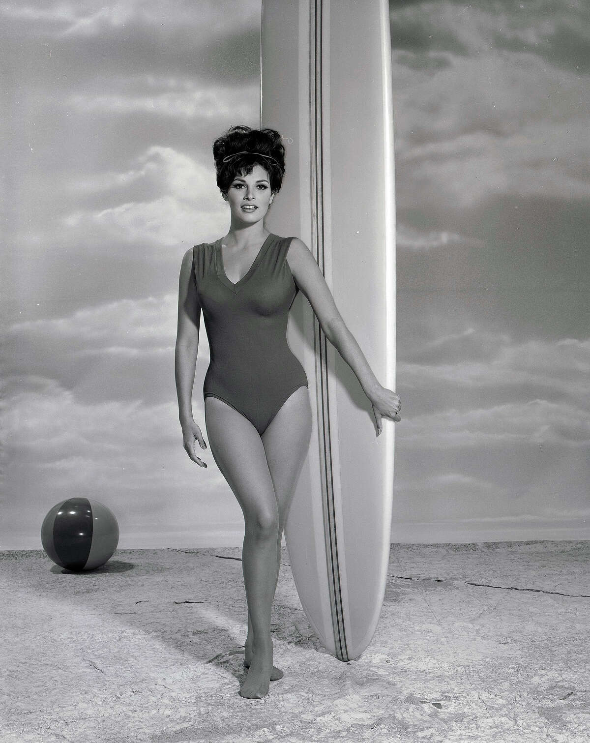 Raquel Welch in 1964. More photos: Famous movie bikinis