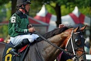 Jockey charged with assaulting wife in Saratoga Springs - Photo