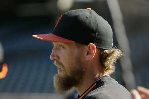 Giants outfield update: Hunter Pence's questionable September - Photo