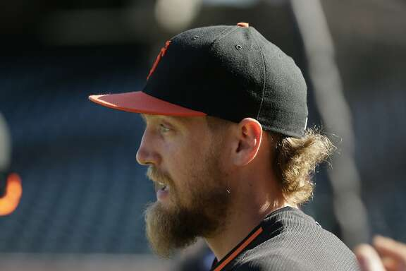 San Francisco Giants right fielder Hunter Pence before the start of their baseball game against the Houston Astros Tuesday, Aug. 11, 2015, in San Francisco. (AP Photo/Eric Risberg)