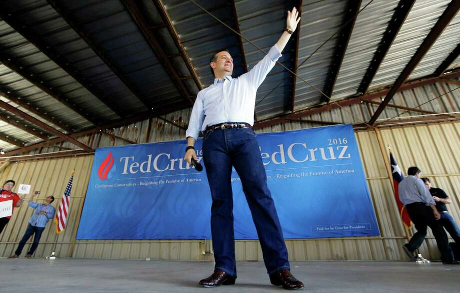 Republican presidential candidate Texas Sen. Ted Cruz waves before speaking to supporters during a campaign event at the Stockyards in Forth Worth, Texas, Thursday, Sept. 3, 2015. (AP Photo/LM Otero) Photo: LM Otero, STF / Associated Press / AP