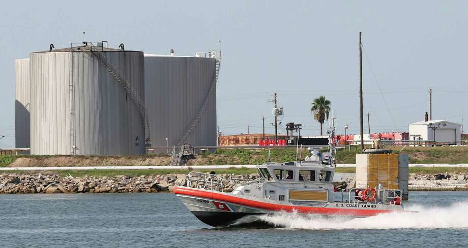 The US Coast Guard patrols the Galveston Port water channel on the Galveston Port on August 27, 2015 in Galveston, TX. (PhotoFor the Chronicle by Thomas B. Shea) Photo: Thomas B. Shea / © 2015Thomas B. Shea