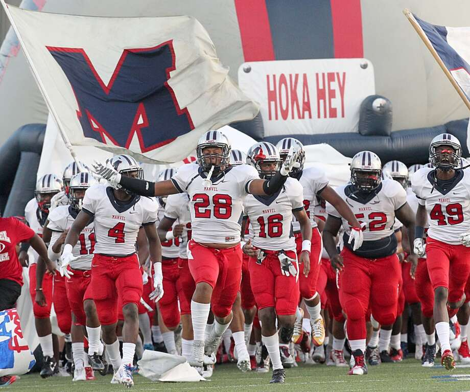 Manvel takes on North Shore in one of the more highly anticipated Houston-area matchups during the second week of the high school football season. Photo: Thomas B. Shea, For The Chronicle