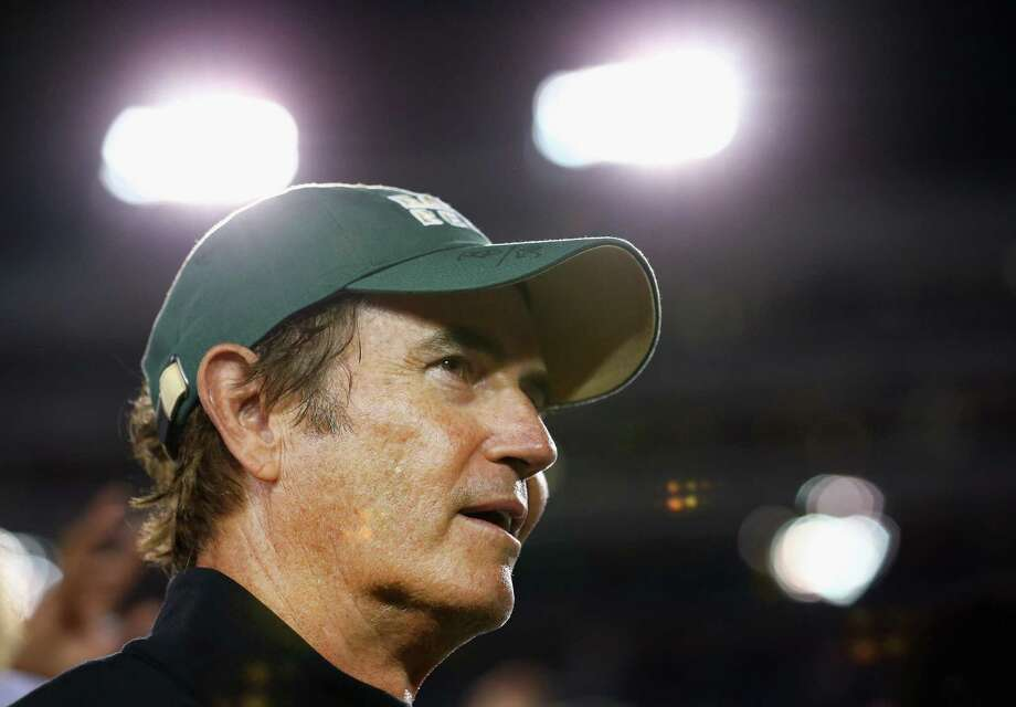 DALLAS, TX - SEPTEMBER 04:  Head coach Art Briles of the Baylor Bears celebrates after the Bears beat the Southern Methodist Mustangs 56-21 at Gerald J. Ford Stadium on September 4, 2015 in Dallas, Texas.  (Photo by Tom Pennington/Getty Images) Photo: Tom Pennington, Staff / Getty Images / 2015 Getty Images