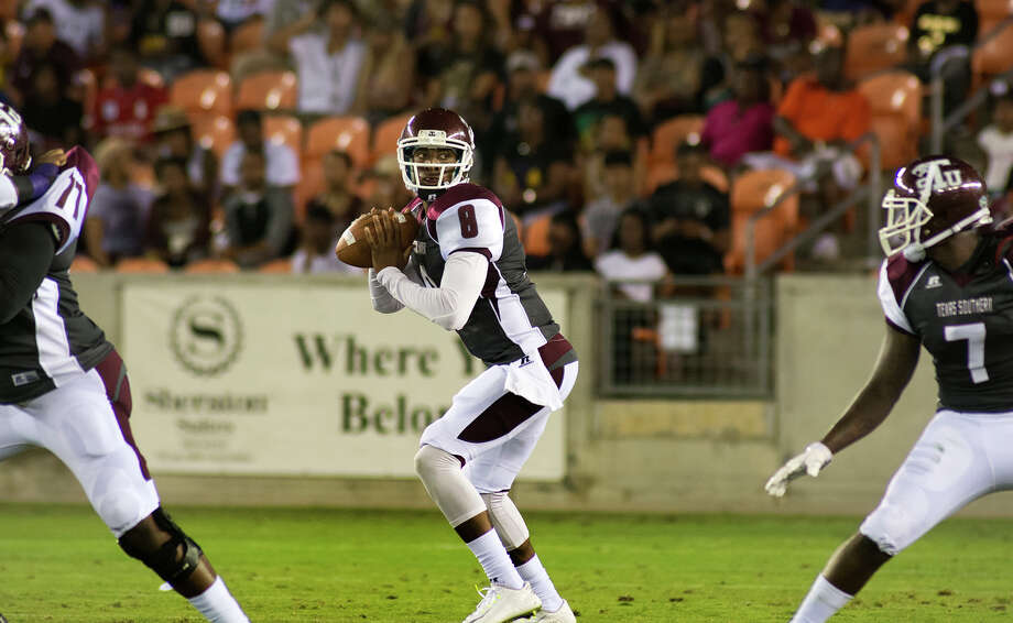 Texas Southern junior quarterback Johnathan Bowen targets a receiver against Prairie View A&M during first quarter action of their matchup at BBVA Compass Stadium on Saturday, Sept. 5, 2015. (Photo by Jerry Baker/Freelance) Photo: Jerry Baker, For The Houston Chronicle