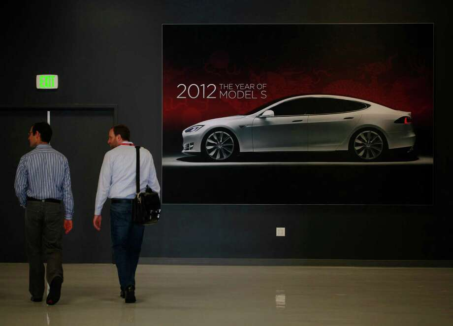 The white-collar workers behind Tesla's cars give the company low scores for its work-life balance at Glassdoor. The work-life balance marks aren't pretty for many tech companies often cited as current meccas for innovation. Photo: San Francisco Chronicle File Photo / ONLINE_YES