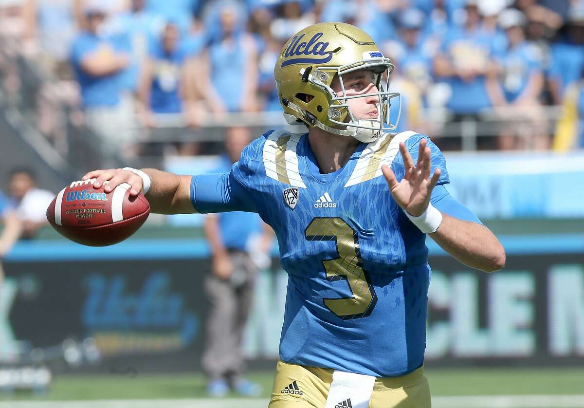 PASADENA, CA - SEPTEMBER 05: Quarterback Josh Rosen #3 of the UCLA Bruins throws a pass against the Virginia Cavaliers at the Rose Bowl on September 5, 2015 in Pasadena, California. UCLA won 34-16. (Photo by Stephen Dunn/Getty Images)