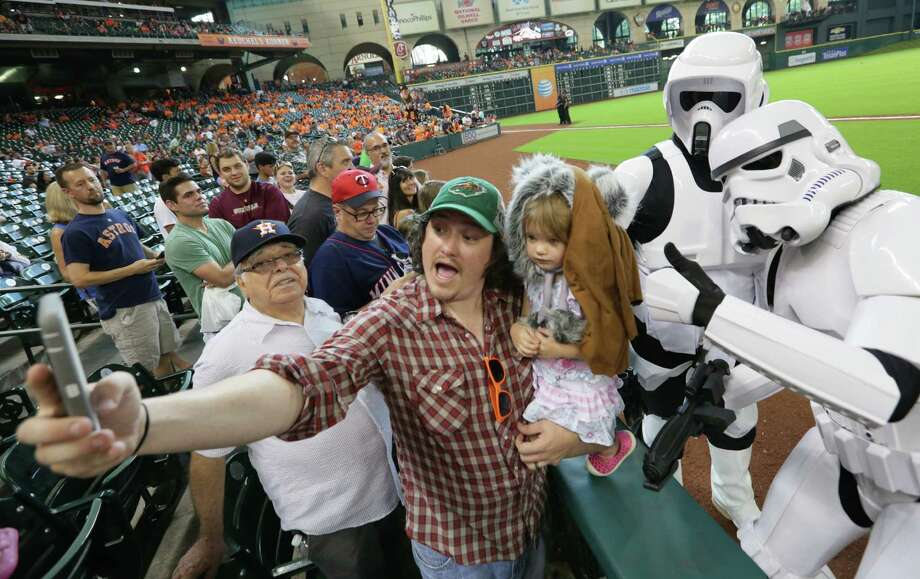 Minute Maid Park, Sept. 6, 2015. Photo: Jon Shapley, Houston Chronicle / © 2015 Houston Chronicle