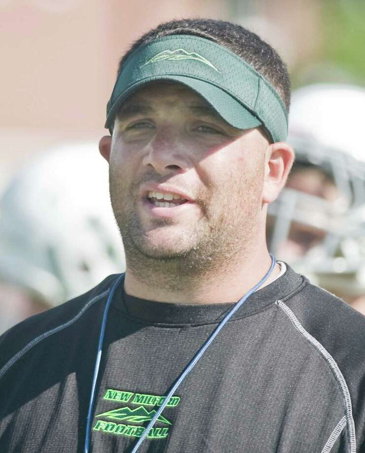 New Milford Green Wave football head coach Larry Badaracco Photo: Scott Mullin / For Hearst Connecticut Media / The News-Times Freelance