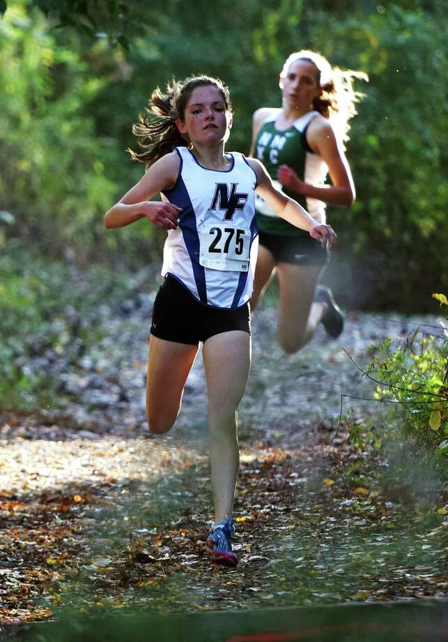 Gabrielle Richichi, shown competing for New Fairfield High, is now running for the cross country team at Duke. Photo: Tyler Sizemore / Hearst Connecticut Media / The News-Times