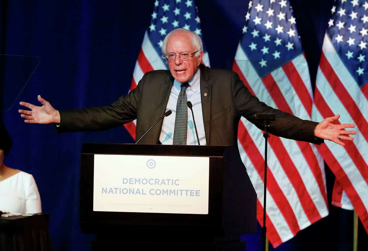 Democratic presidential candidate, Sen. Bernie Sanders, I-Vt, addresses the summer meeting of the Democratic National Committee, Friday, Aug. 28, 2015, in Minneapolis. (AP Photo/Jim Mone) ORG XMIT: MNJM129