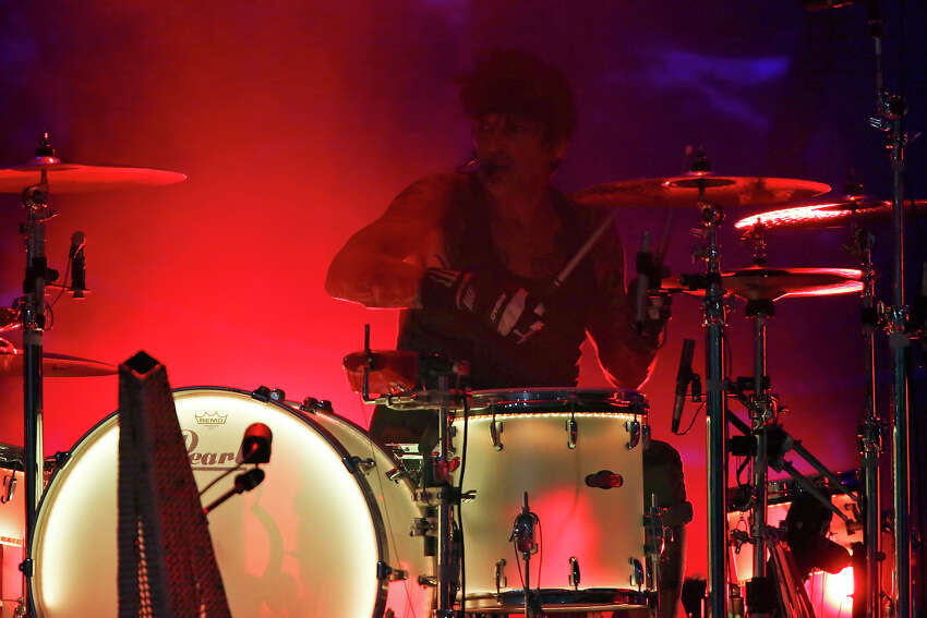 Motley Crue's Tommy Lee performs with the group Sunday Sept. 6, 2015 at the Alamodome.