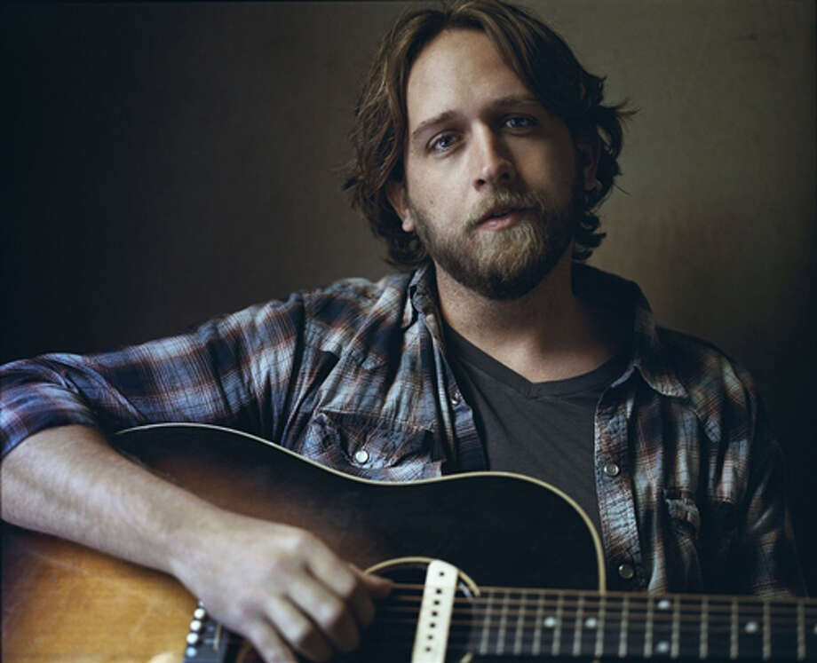 Hayes Carll. Photo courtesy of hayescarll.com