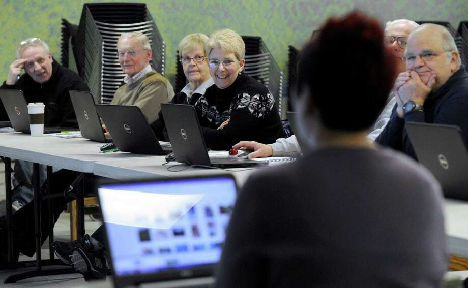 The Stratford Library's computer classes will begin Thursday. Photo: Carol Kaliff / Carol Kaliff / The News-Times