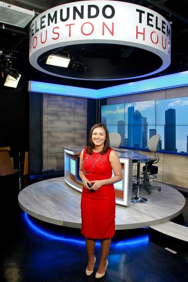 Marja Mart Nez Presentadora Del Tiempo En Telemundo